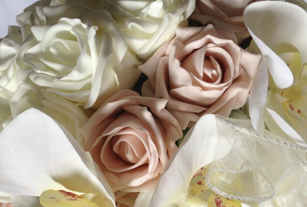 Follow your Heart and Choose the right Wedding Flowers for you